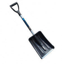 Лопата снегоуборочная Метель-авто пластмас. (цв) с ал.планкой 365х280мм, ф32 + деревянный черенок и V-ручка
