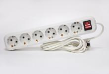 Сетевой фильтр РАДИСТ РВС16-006 (с кнопкой и подсветкой) 10А 6 гн ПВС 3*1 (2,0м)